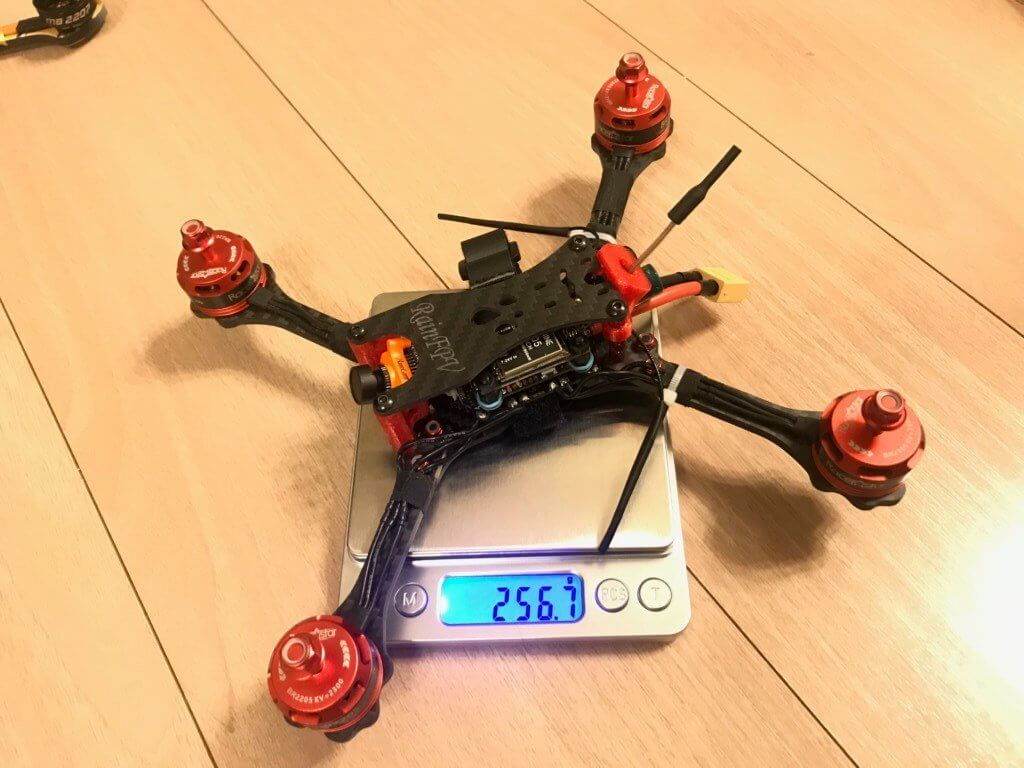 Diatone 2019 GTR548 5 Inch 4S PNF 230mm FPV Racer PNP w/ 40A TBS VTX Foxeer Predator V3 Camera Specification: ( Introduction Manual) Brand Name: Diatone Model: GTR548 5 Inch 4S PNF Item Name: 230mm Wheelbase 5 Inch FPV Racing Drone Version: PNP ( Without Receiver, battery and radio transmitter) Wheelbase: 230mm Frame Kit Material: 3K Carbon Fiber & 3D Printed TPU Canopy Propeller: 5 Inch Antenna: FOXEER lollipop Lipo Battery: support 4S (not included) Flight Controller: Mamba F405; MPU6000; AT7456 OSD; 16M flash; 5V 2A BEC. ESC: Mamba F40 / 40A 4-6S ESC Dshot600 Motor: Mamba Racing MB2207 2650KV Motor Camera: Foxeer Predator V3 Camera VTX:TBS UNIFY 5V 800MW Max Package included: 1 x Diatone GTR548 5 Inch RC Drone